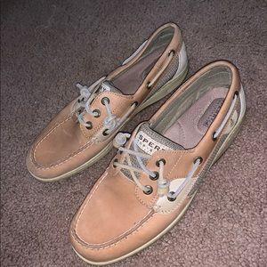 Sperry's women's shoe